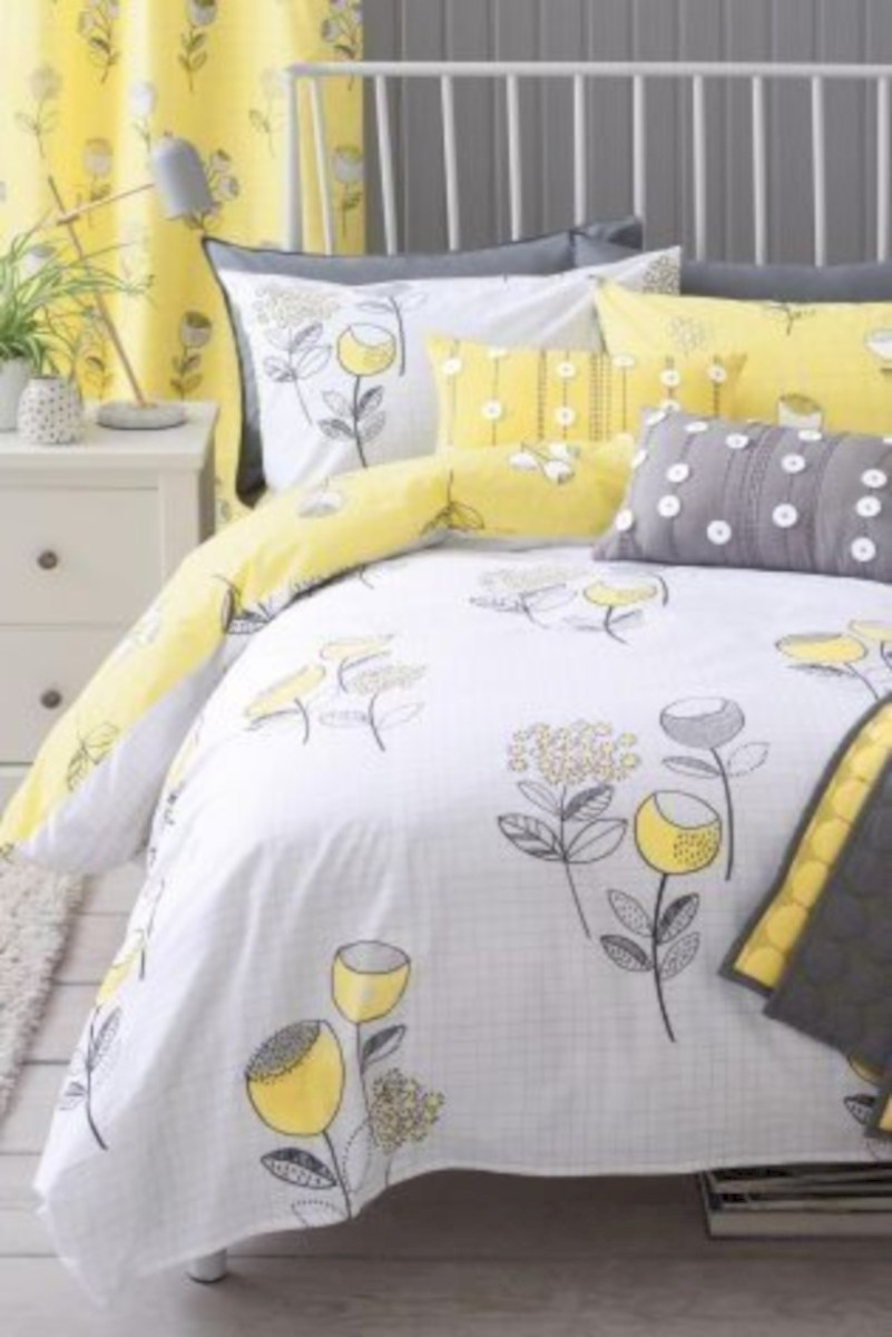 Comfy grey yellow bedrooms decorating ideas (44)