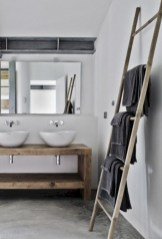 Cozy small scandinavian bathroom design ideas (10)