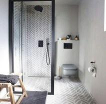 Cozy small scandinavian bathroom design ideas (28)
