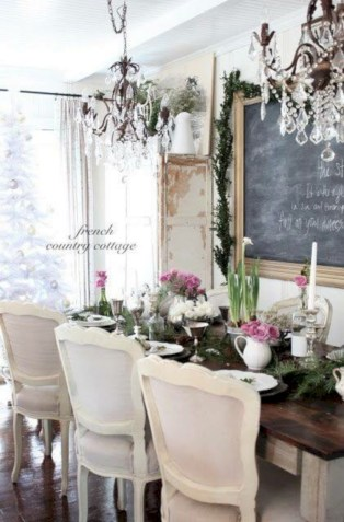 Fancy french country dining room table decor ideas 45