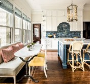 Fascinating kitchen islands ideas with seating and dining areas (18)
