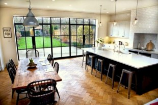 Fascinating kitchen islands ideas with seating and dining areas (23)
