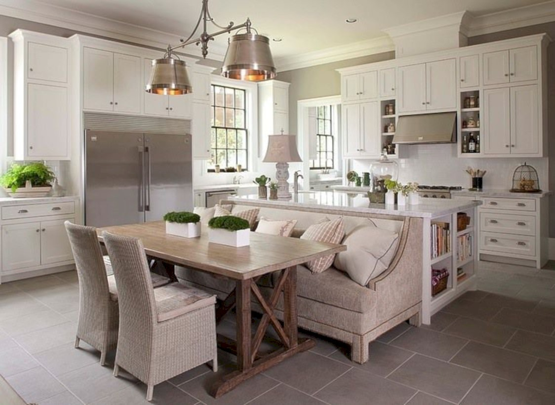 Fascinating kitchen islands ideas with seating and dining areas (28)