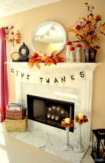 Gorgeous apartment fireplace decor ideas (26)