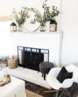 Gorgeous apartment fireplace decor ideas (29)