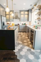 Gorgeous kitchen floor tiles design ideas (4)