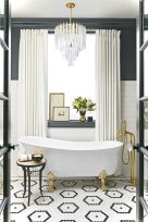 Luxury black and white bathroom design ideas 19