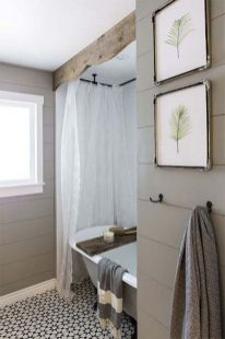 Modern farmhouse bathroom decor ideas (25)