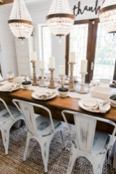 Modern farmhouse dining room decorating ideas (11)