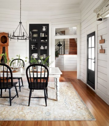 Modern farmhouse dining room decorating ideas (12)