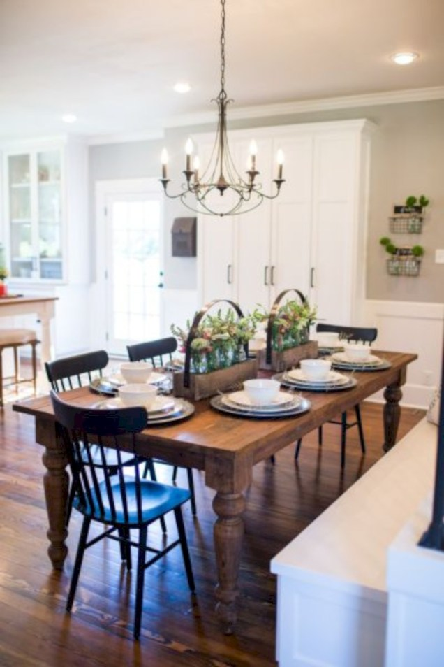 Modern farmhouse dining room decorating ideas (43)