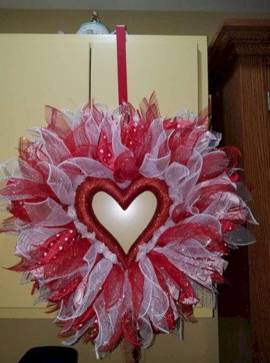 Romantic diy valentine decorations ideas 30