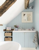 Stunning attic bathroom makeover ideas on a budget 10