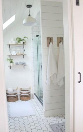 Stunning attic bathroom makeover ideas on a budget 12