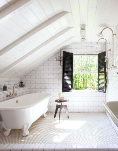 Stunning attic bathroom makeover ideas on a budget 13