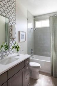 Stunning attic bathroom makeover ideas on a budget 33