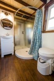 Totally brilliant tiny house bathroom design ideas (2)