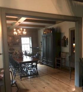 Vintage victorian dining room decor ideas (40)