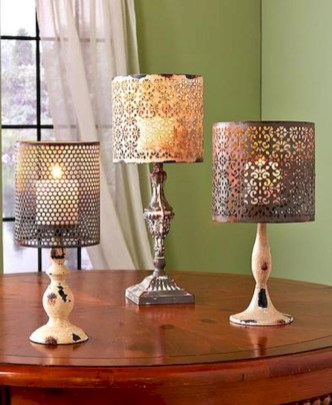 Vintage victorian lamp shades ideas for your bedroom (18)