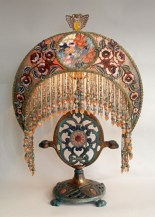 Vintage victorian lamp shades ideas for your bedroom (4)