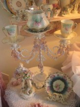 Vintage victorian lamp shades ideas for your bedroom (43)