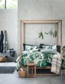 Wonderful green bedroom design decor ideas (10)