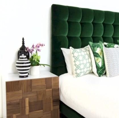 Wonderful green bedroom design decor ideas (15)