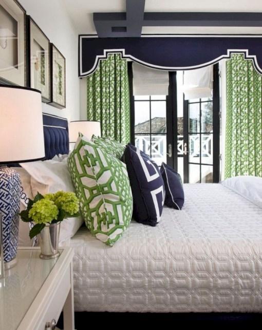 Wonderful green bedroom design decor ideas (34)
