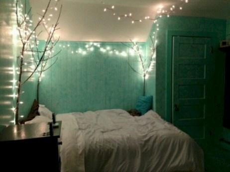 Wonderful green bedroom design decor ideas (36)