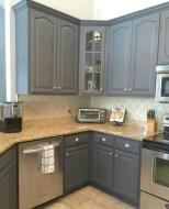 Beautiful gray kitchen cabinets design ideas 16