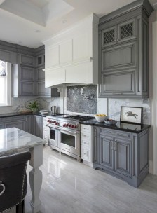 Beautiful gray kitchen cabinets design ideas 25