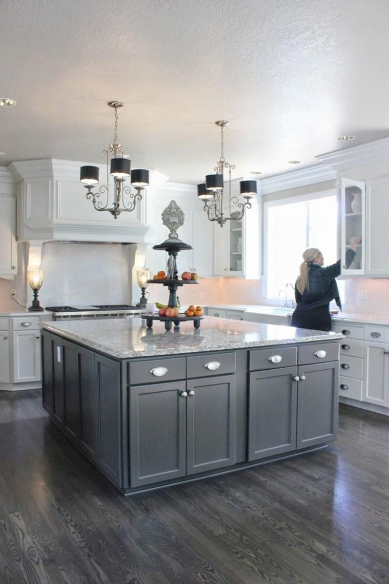 Beautiful gray kitchen cabinets design ideas 36