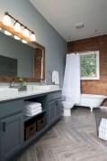 Cool attic bathroom remodel ideas 22