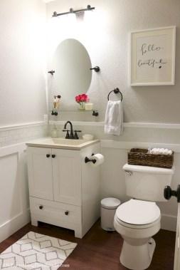 Cool attic bathroom remodel ideas 34