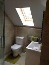 Cool attic bathroom remodel ideas 42