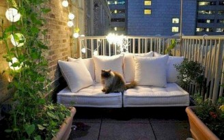 Cozy small balcony design decoration ideas 03