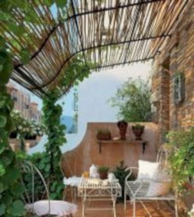 Cozy small balcony design decoration ideas 29