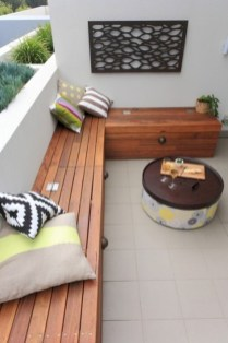 Cozy small balcony design decoration ideas 35