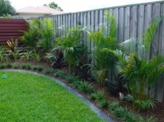 Easy and cheap backyard privacy fence design ideas 08