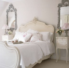 Romantic shabby chic bedroom decorating ideas 32