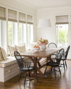 Rustic farmhouse dining room table decor ideas 26
