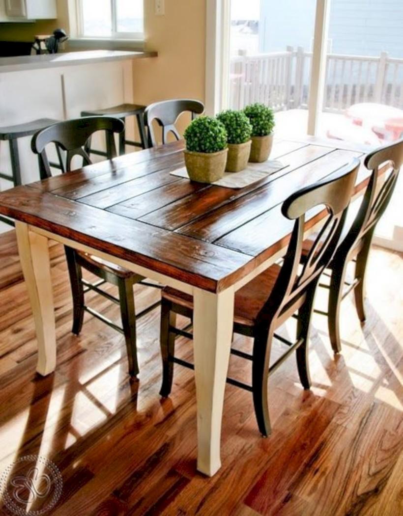 Rustic farmhouse dining room table decor ideas 35