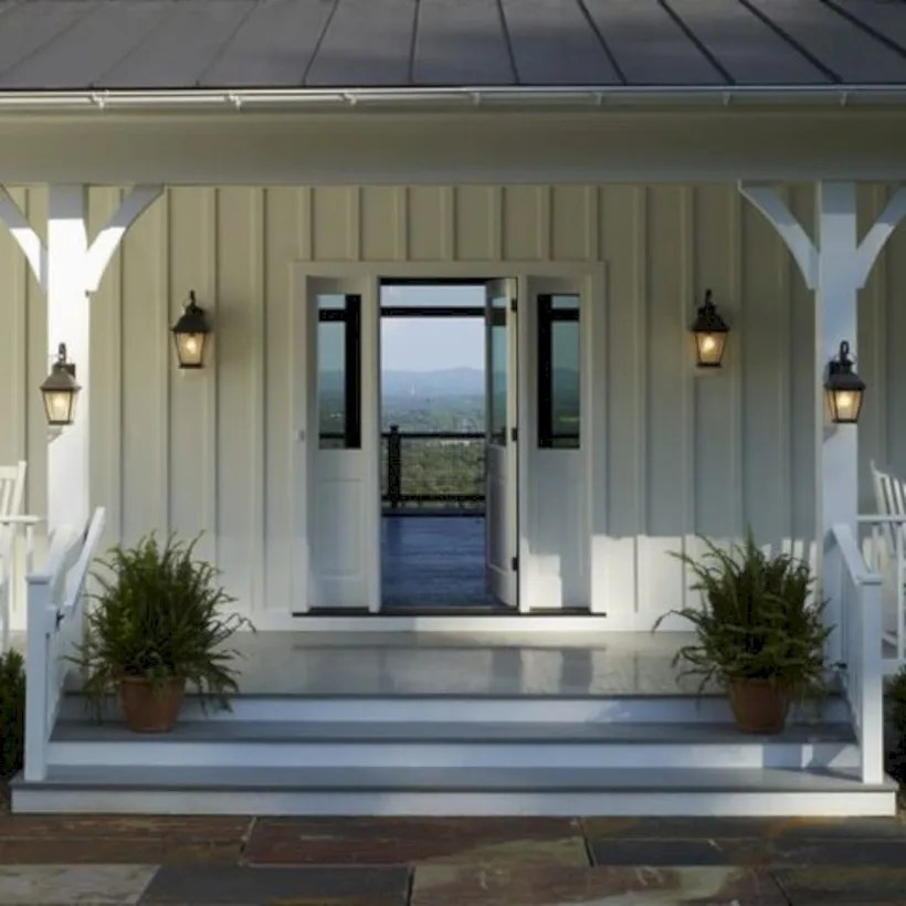 Rustic farmhouse porch steps decor ideas 01