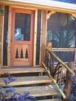 Rustic farmhouse porch steps decor ideas 02