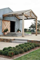 Rustic farmhouse porch steps decor ideas 20