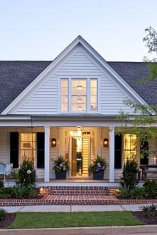 Rustic farmhouse porch steps decor ideas 29