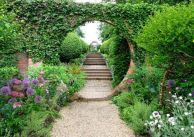 Stunning front yard entrance path walkway landscaping ideas 02