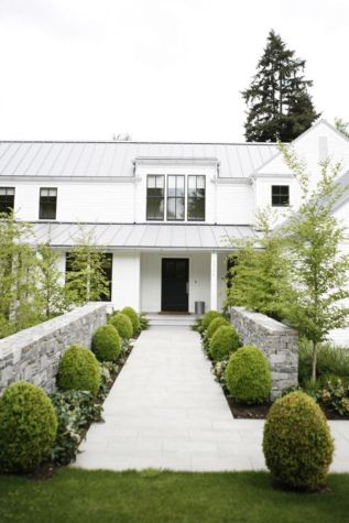 Stunning front yard entrance path walkway landscaping ideas 08