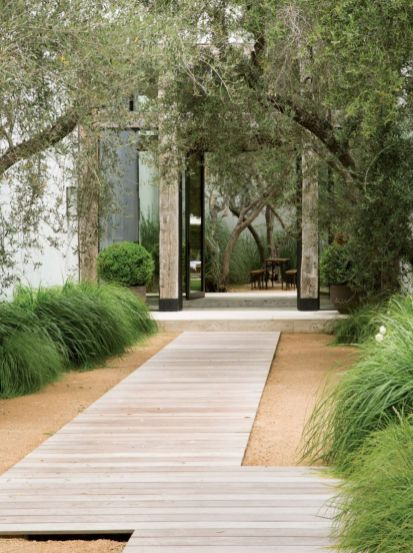 Stunning front yard entrance path walkway landscaping ideas 16