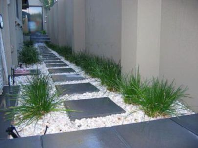 Stunning front yard entrance path walkway landscaping ideas 30